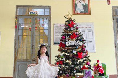 giáng sinh ấm áp của trường MG Hoa Sim